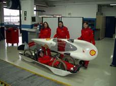 Un equipo de la Universidad Politécnica compite en la 'Shell Ecomaraton'